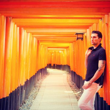 Another photo shoot in Fushimi Inari shrine in Kyoto.